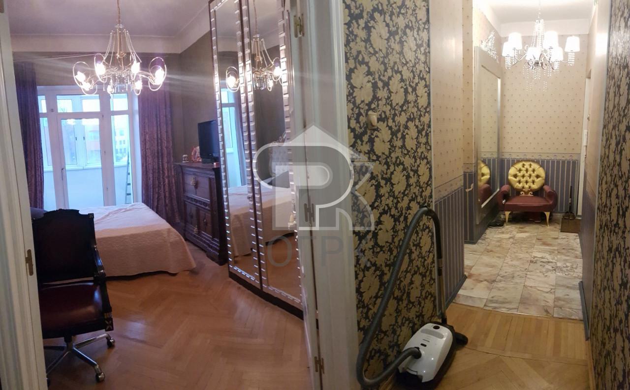 Купить 3-комнатную квартиру,  Москва, Москва, Николоямская улица, 45с1, №301932