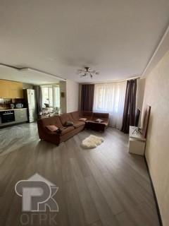 Купить 3-комнатную квартиру, №328123
